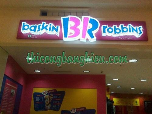 Bang-hieu-Baskin-Robbin